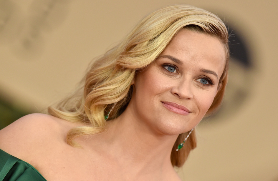 Reese Witherspoon attends the 24th Annual SAG Awards at The Shrine Auditorium on January 21, 2018 in Los Angeles, Calif.