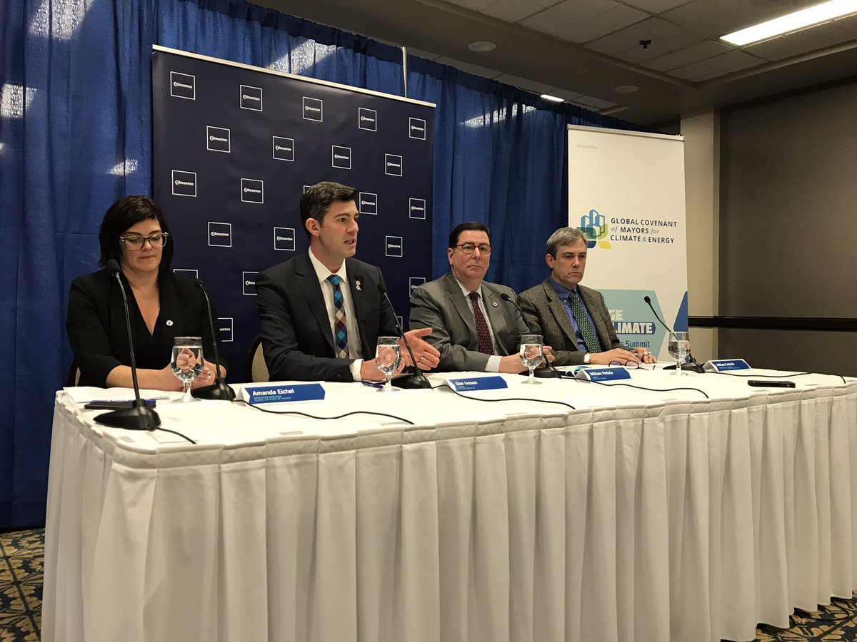 Mayors, including Don Iveson, and experts from around the world gather in Edmonton for a summit on climate change, Sunday, March 4, 2018.