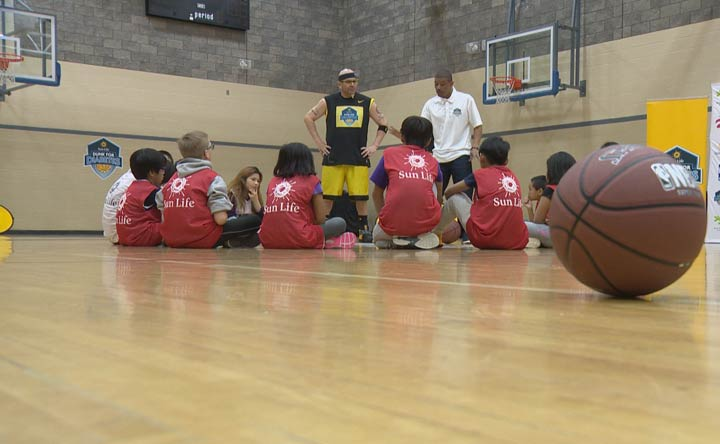Dunk for Diabetes aims to prevent Type 2 diabetes by teachings kids the importance of having a healthy and active lifestyle.
