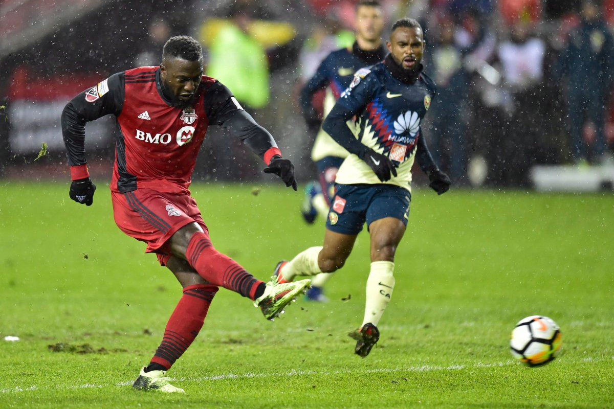 Toronto FC forward Jozy Altidore (17) scores against Club América during first half CONCACAF Champions League semifinal action in Toronto on Tuesday, April 3, 2018.