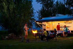 Continue reading: Saskatchewan provincial parks remain open for fall camping season