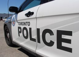 Continue reading: 3 teens, 1 adult sustain serious injuries after 3-vehicle crash in east-end Toronto