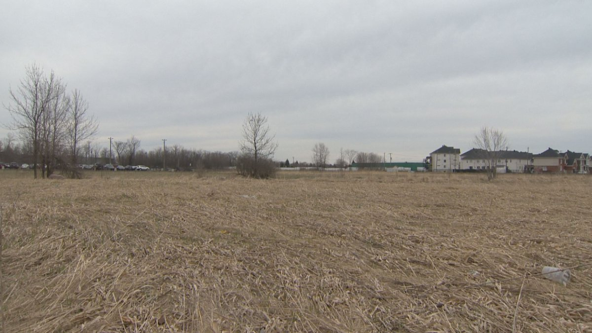 The new Vaudreuil-Dorion city hall is currently slated to go in this lot by the RTM station.