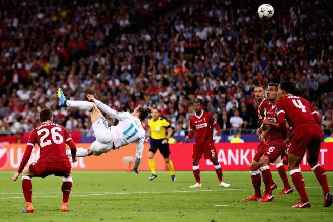 Gareth Bale of Real Madrid scores his team's second goal during the UEFA Champions League final between Real Madrid and Liverpool at NSC Olimpiyskiy Stadium on May 26, 2018 in Kiev, Ukraine.