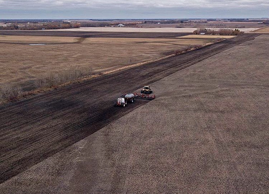 Dry farming conditions in Dugald, Manitoba.