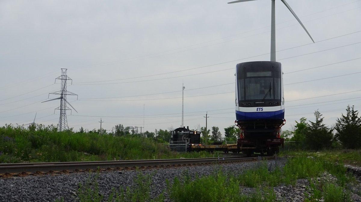 A new LRT car leaves Kingston, Ont. on its way to Edmonton via CN rail. Wednesday, June 27, 2018.