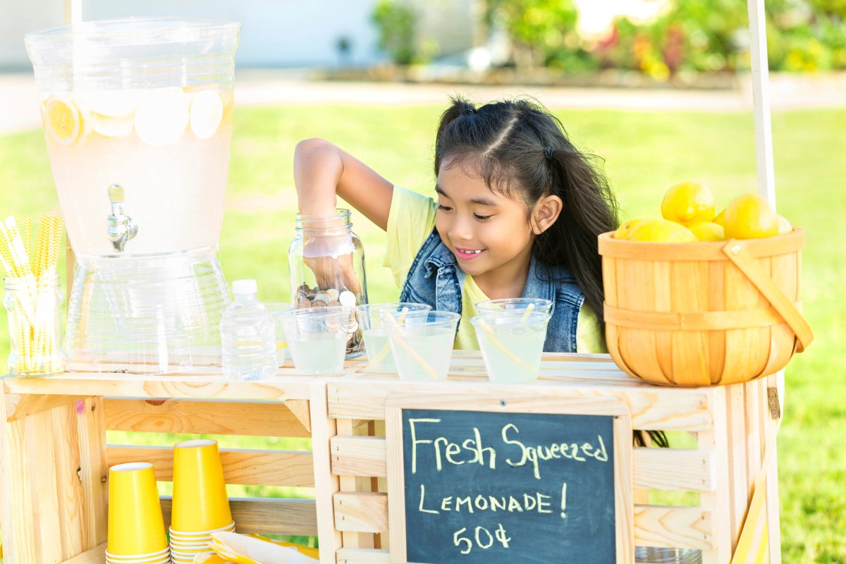 From lemonade stands to RESPs: Teaching your children financial literacy - image