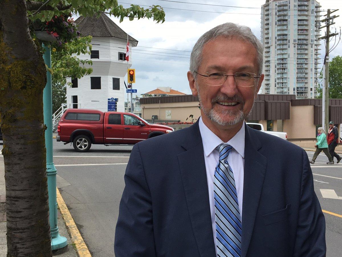 Nanaimo NDP MLA Leonard Krog is announcing plans to run for Nanaimo mayor.