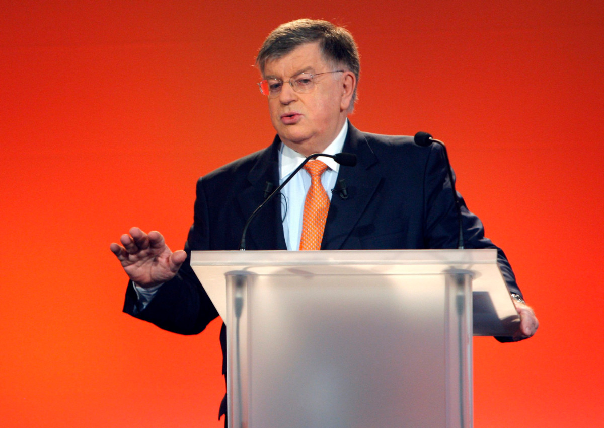 French chairman and CEO of France Telecom Group, Didier Lombard presents the group's 2008 full-year results in Paris, Wednesday, March 4, 2009.