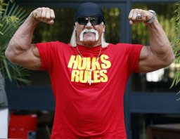 Continue reading: Hulk Hogan reinstated into WWE Hall of Fame
