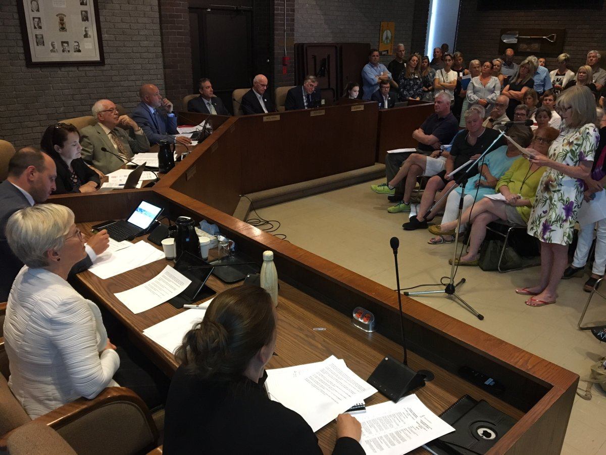 Beaconsfield residents show up at the city council meeting to discuss a ban on leaf blowers.