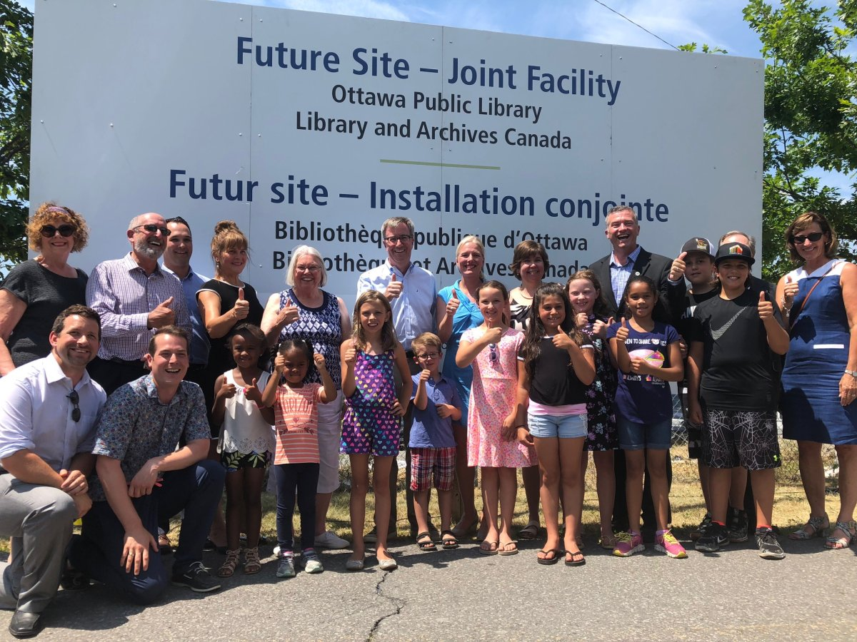Municipal and federal politicians today dedicated the site at Albert Street and Commissioner Street that will eventually be home to the city's new main public library branch – a joint facility with Library and Archives Canada.