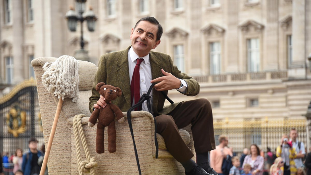 'Mr. Bean' actor Rowan Atkinson is shown celebrating the 25th anniversary of his show.