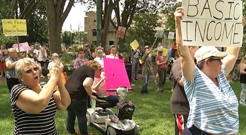 A few hundred people gathered in Lindsay on Tuesday to protest the cancellation of the Basic Income Pilot Project.