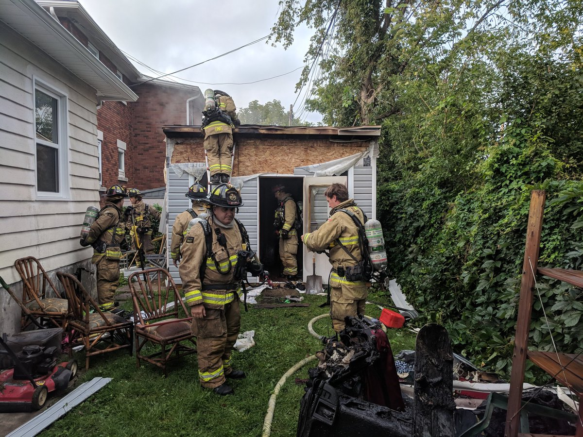 Ottawa firefighters contained a shed fire in Vanier within 20 minutes of getting an early-morning 911 call from the homeowner on Thursday.