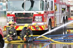 Continue reading: Vancouver firefighters setting up free 'pop up water parks' Thursday night