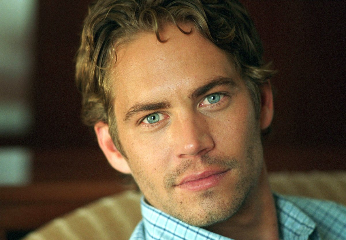 Actor Paul Walker poses during a photo shoot on Sept. 6, 2001 in Melbourne, Australia.