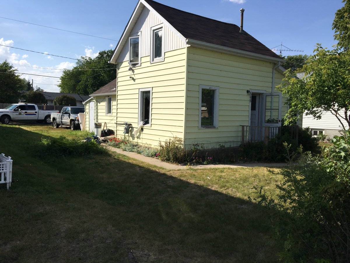 The home in Neepawa where one suspect holed himself up Thursday afternoon.