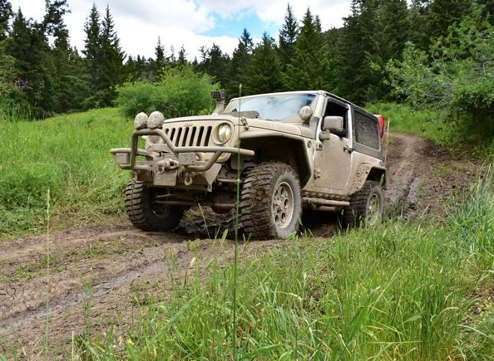A convoy of Jeeps will be travelling from Vernon to Penticton this Sunday afternoon.