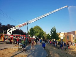 Continue reading: Vancouver firefighters will repeat 'pop-up water parks' on Thursday