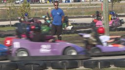 Continue reading: Hundreds hit the racetrack to raise funds for the Huntington Society of Canada