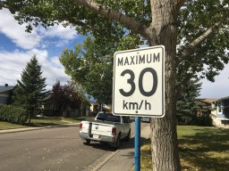 Continue reading: Calgary City Council votes to move forward with study of residential speed limit reduction