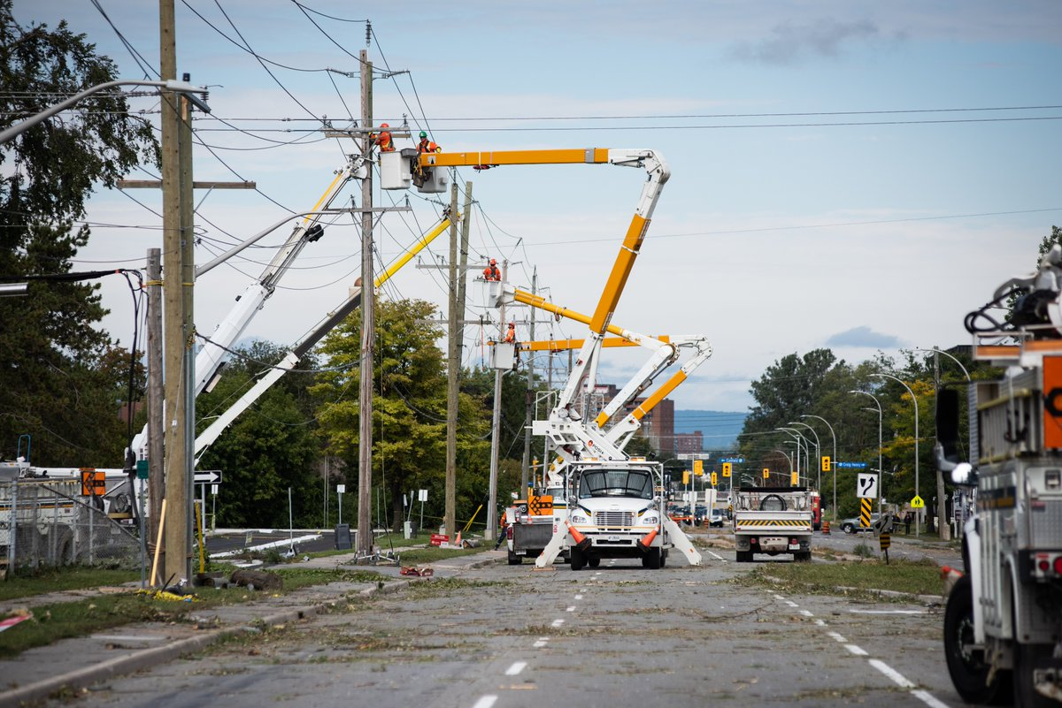 Hydro Ottawa Restores Power For Thousands Overnight Many City Services Closed Monday Ottawa Globalnews Ca