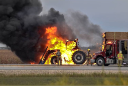 Continue reading: Tractor fire extinguished after sparking on Highway 12 near Ste-Anne