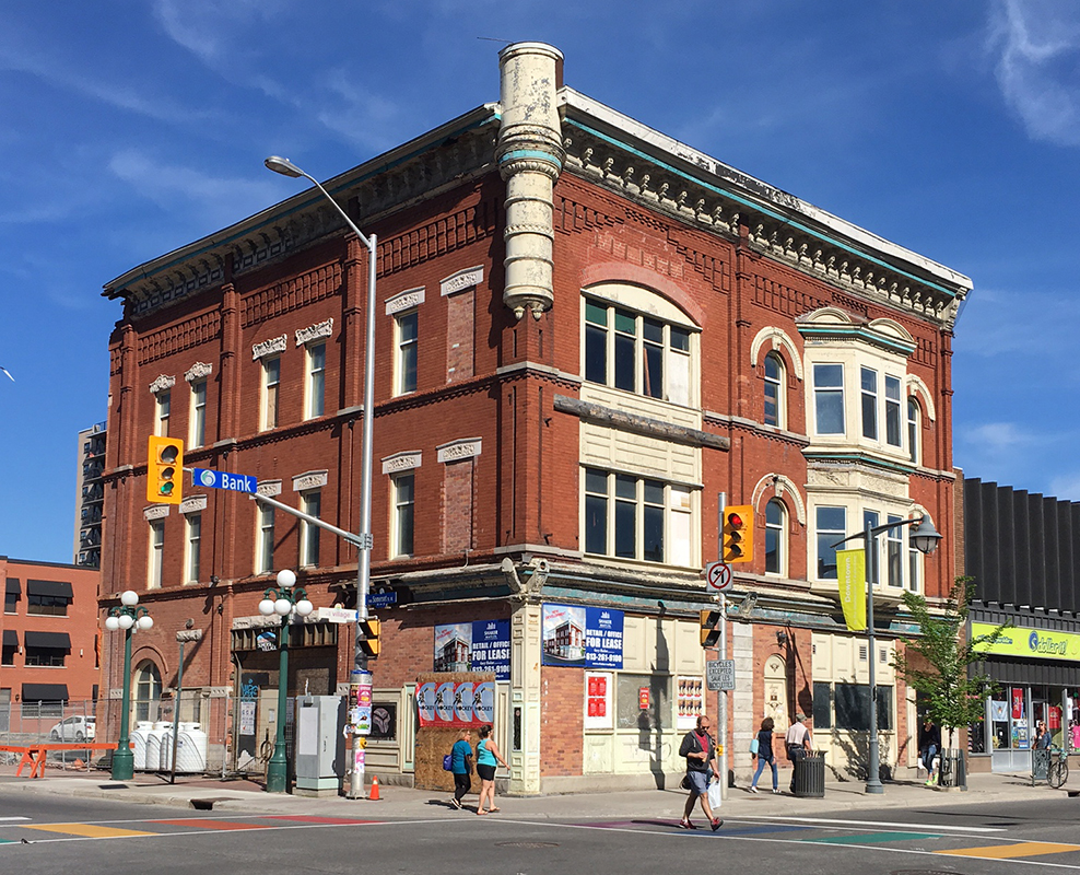 In a report to the built-heritage subcommittee on Thursday, city staff say they aren't confident the owner of the heritage building will be following through on renovations planned in 2015.