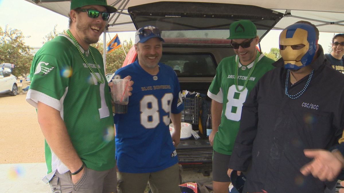 Winnipeg Blue Bombers and Saskatchewan Roughriders' Fans tailgate ahead of the 15th annual Banjo Bowl.