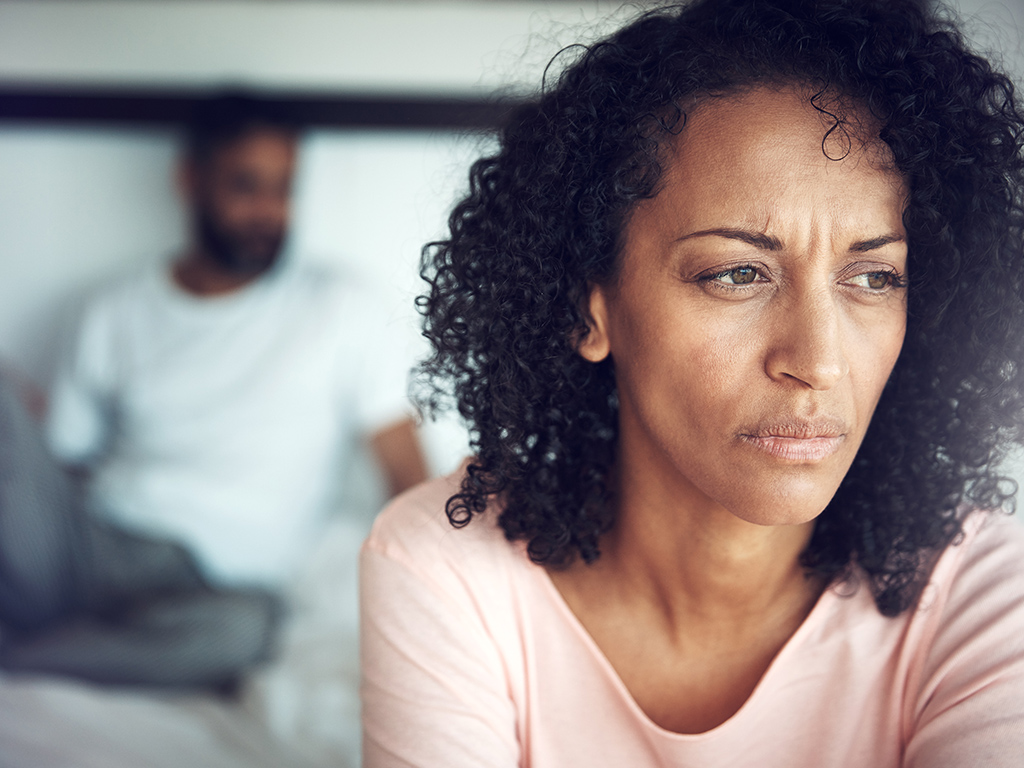 People who are experiencing dementia may became apathetic or withdrawn, much like those suffering from a mood disorder.
