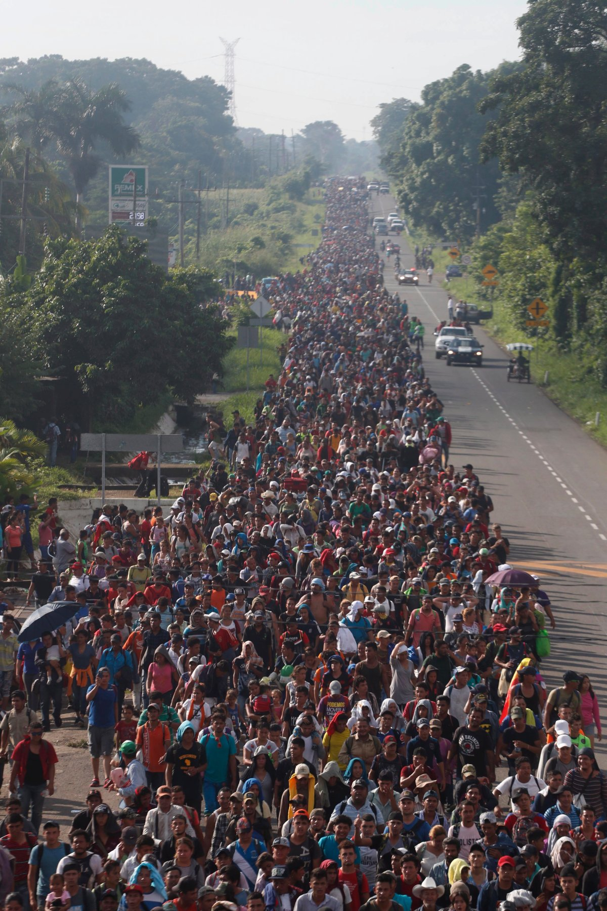 Migrant caravan swells to 5,000 as it marches through Mexico - National | Globalnews.ca