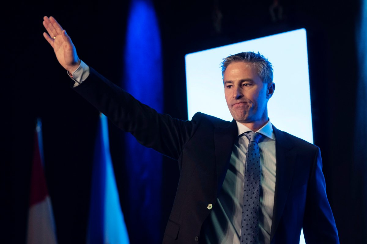 Tim Houston acknowledges the crowd after being elected the new leader of the Nova Scotia Progressive Conservative Party at the PC leadership convention in Halifax on Saturday, October 27, 2018.