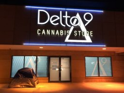 Continue reading: Winnipegger camps out for cannabis