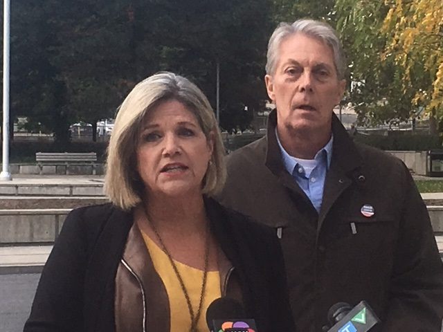 Andrea Horwath is urging Hamilton voters to reelect Mayor Fred Eisenberger on Monday.