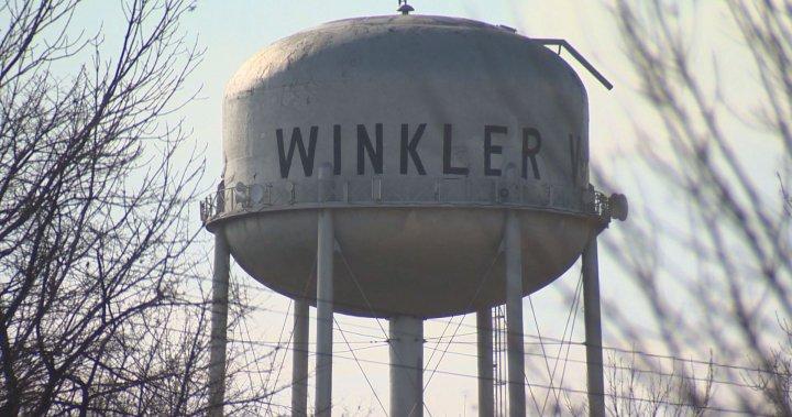Winkler cops fielding angry calls on both sides of vaccine debate – Winnipeg | Globalnews.ca
