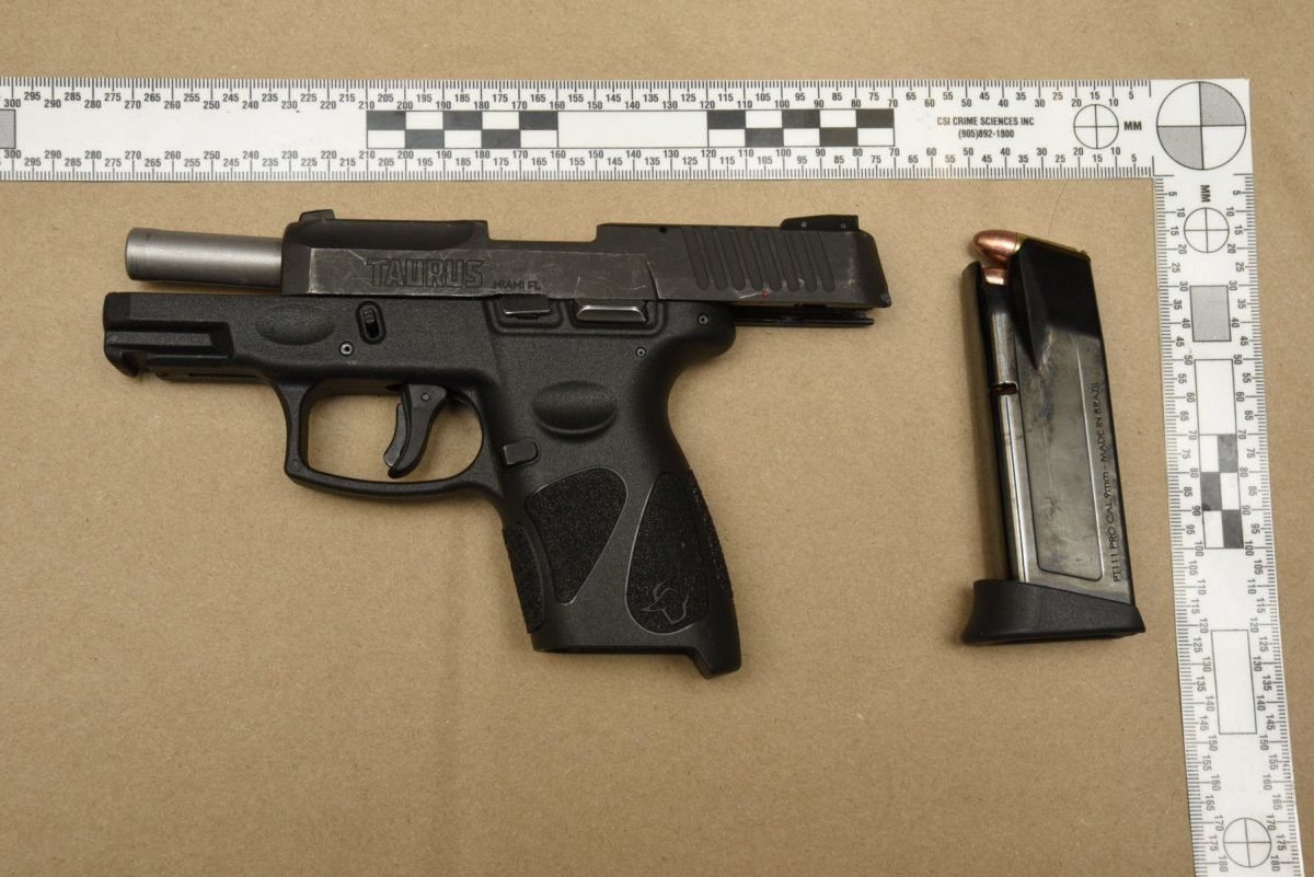 Hamilton police have seized a loaded handgun and drugs after a traffic stop in the city.