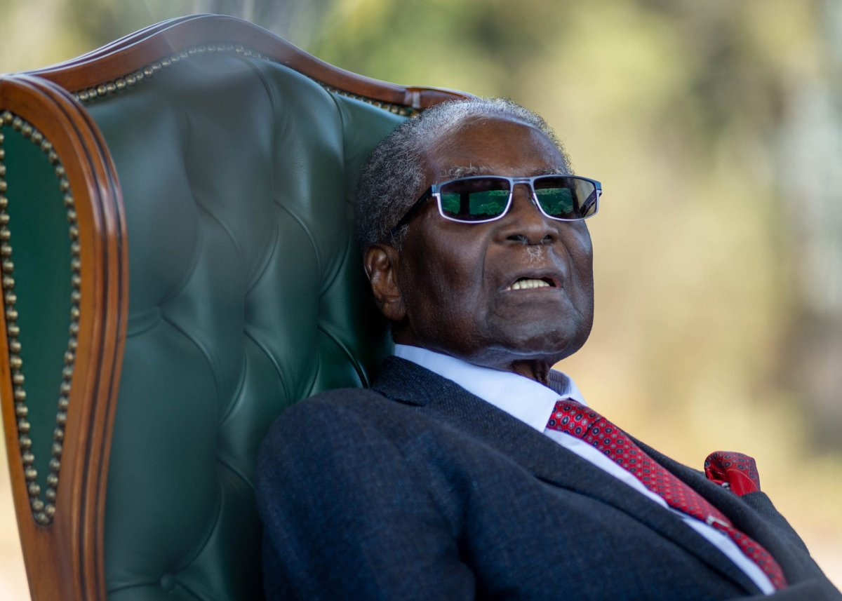 Former President of Zimbabwe Robert Mugabe delivers a speech from The Blue House in Harare, Zimbabwe, 29 July 2018.