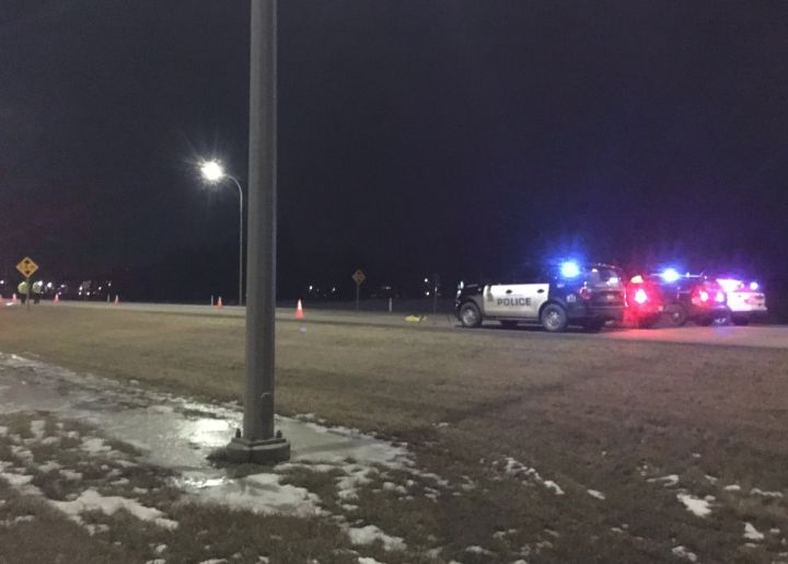 Edmonton police investigate a deadly crash on Anthony Henday Drive on Nov. 21, 2018.