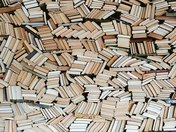 An intoxicated man with an apparent thirst for knowledge broke into a library in Alaska because he really wanted to read some books.