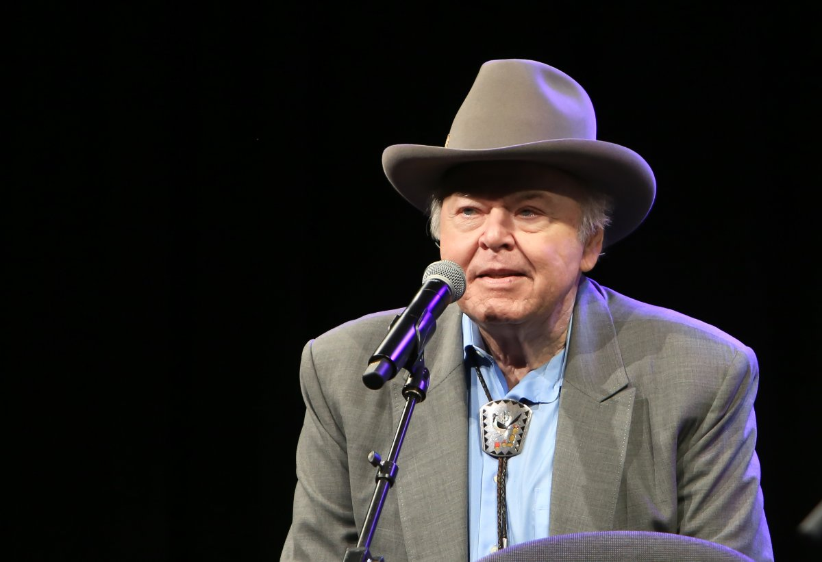 Roy Clark performs during the 33rd Annual American Eagle Awards at Music City Center on June 25, 2016 in Nashville, Tennessee.