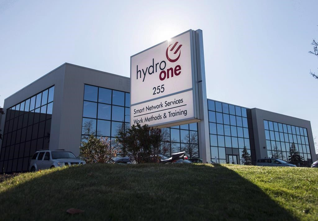 A Hydro One office is pictured in Mississauga, Ont. on Wednesday, Nov. 4, 2015.