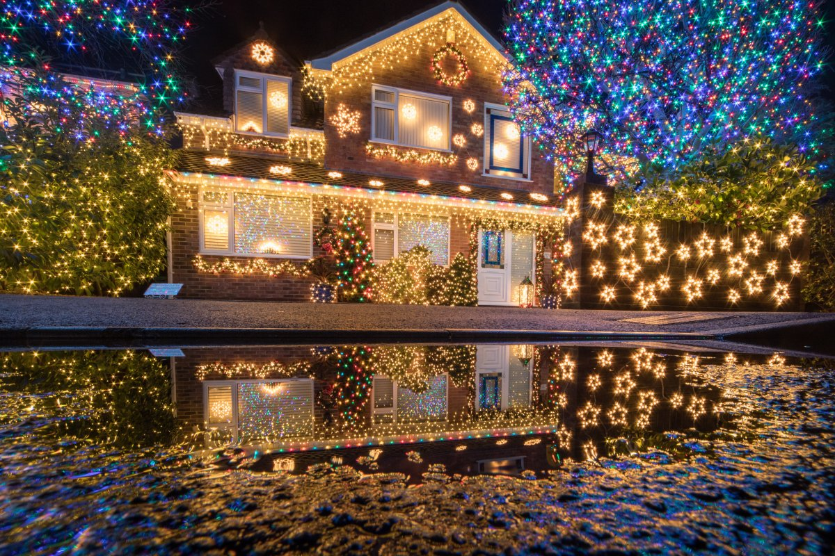 Take your holiday lighting to the next level with these tips and some 'smart' lights.