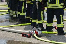 Continue reading: Winnipeg firefighters battle 3 overnight fires across the city