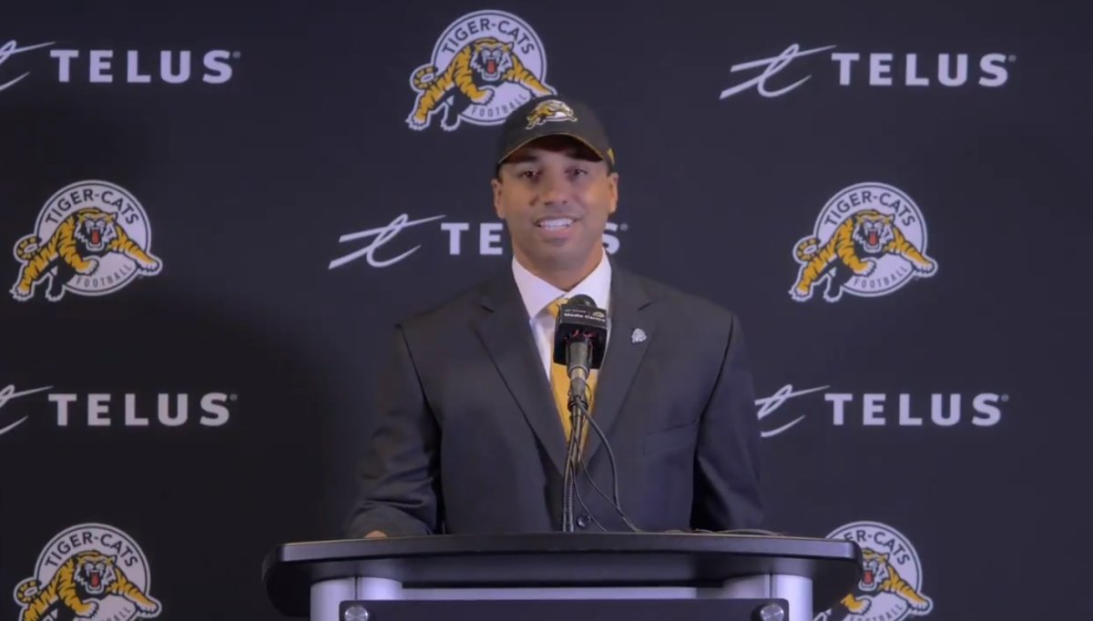Hamilton Tiger-Cats head coach Orlondo Steinauer has unveiled his coaching staff for the 2019 CFL season.