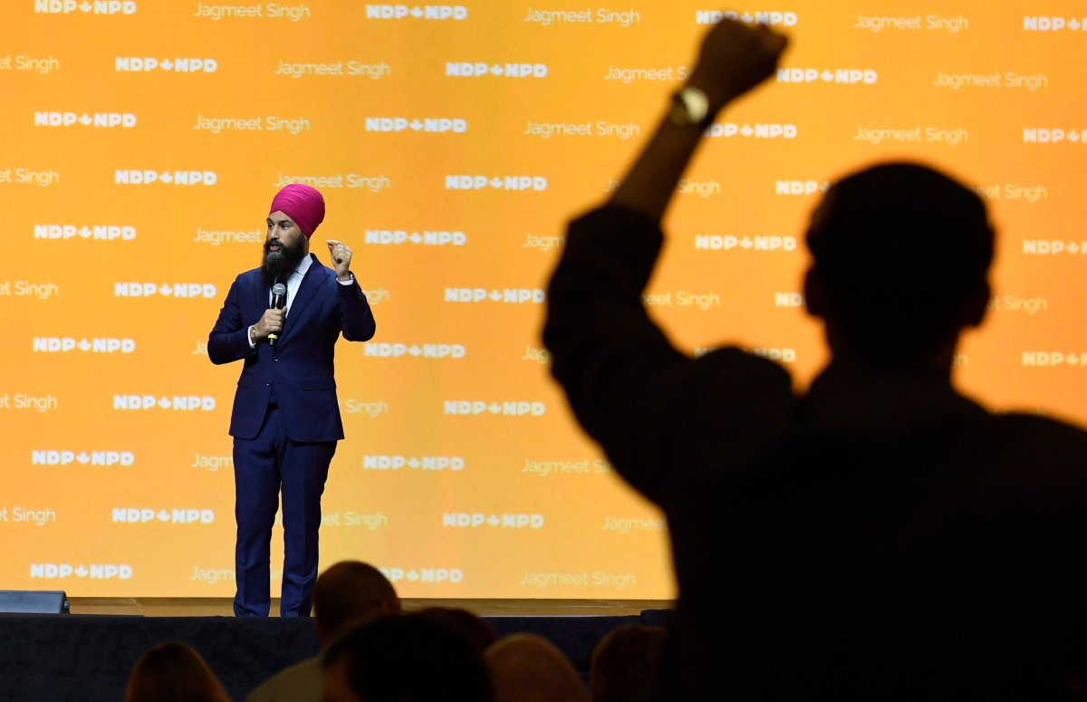A delegate gives a standing ovation to NDP Leader Jagmeet Singh as he speaks during the Federal NDP Convention in Ottawa, Feb. 17, 2018.