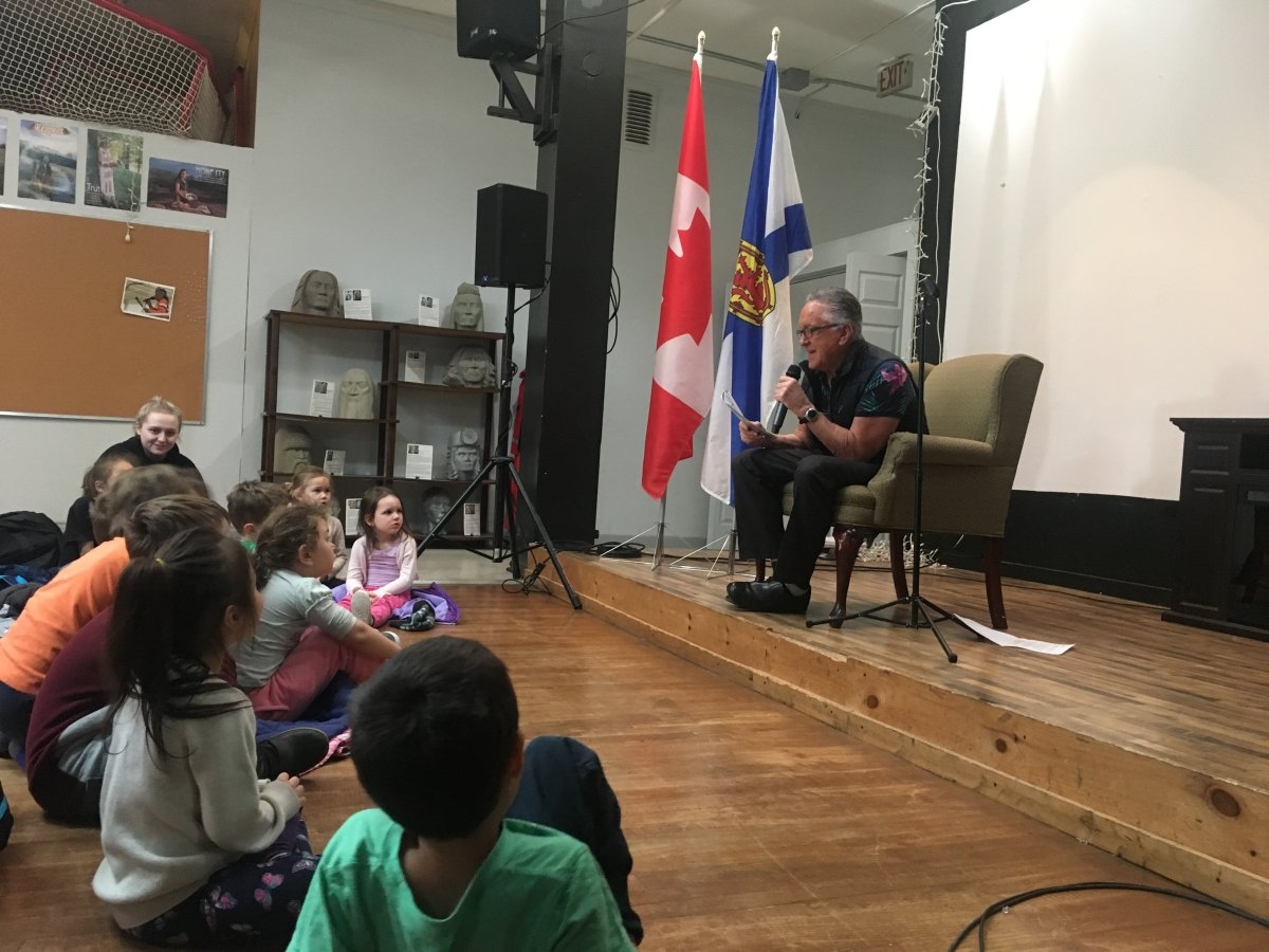 Bernie Francis reads a Mi'kmaw story to children at the Mi'kmaw Native Friendship Centre in Halifax on Family Literacy Day, Jan. 25, 2019.