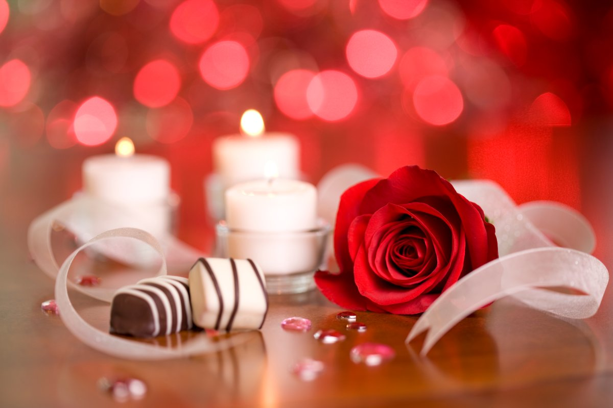 Gift ideas to help plan a memorable Valentine's Day with your loved ones.