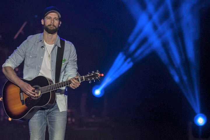 Chad Brownlee performs during the Country Thunder Humboldt Broncos tribute concert in Saskatoon, on Friday, April 27, 2018.