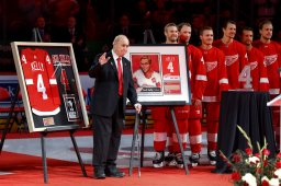 Continue reading: Red Wings retire Kelly's jersey, beat Maple Leafs 3-2 in OT